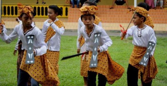 Tarian Daerah Halmahera Utara